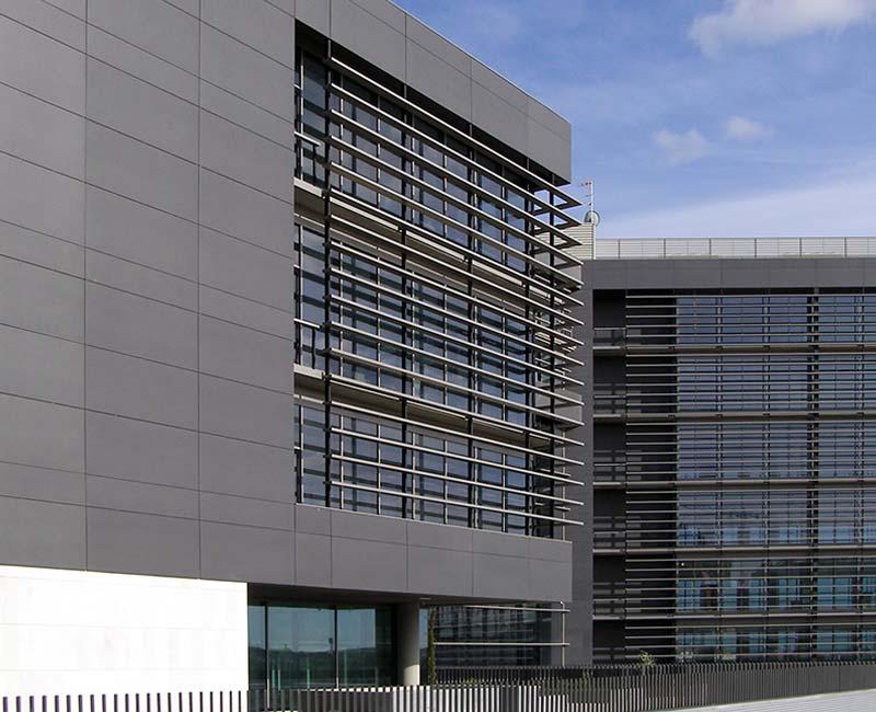 Termolac Kantabares Farbaluminiumbleche Stueckpulverbeschichtet Fassadenplatte Pulverbeschichtung