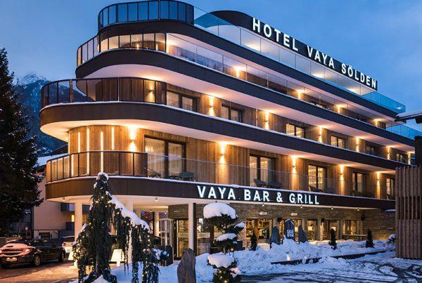 VAYA Hotel Sölden Fassadenplatten Etalbond Fassadenverkleidung Corten Verbundplatten