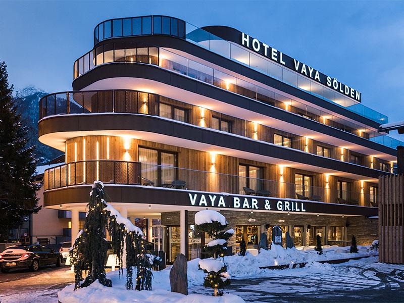 VAYA Hotel Sölden Fassadenplatten Etalbond Fassadenverkleidung Corten