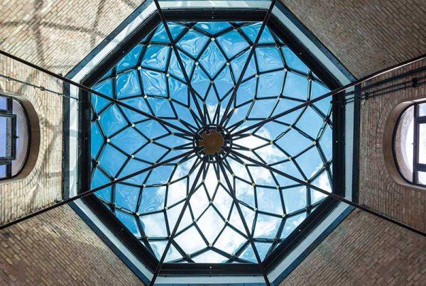 Spezialglas Gebogen TheDepartmentStore Glaskuppel London Fritsche