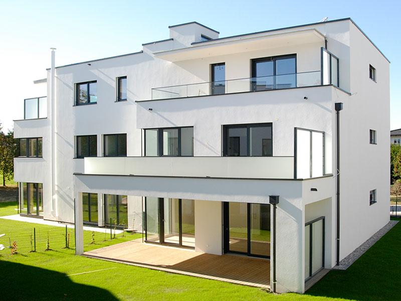 friline-balkonverglasung-nurglasgelaender-ganzglasgelaender-gelaenderprofile-railing-stiegenaufgang-design-modern-kaufen-salzburg-oesterreich-glasgelaender