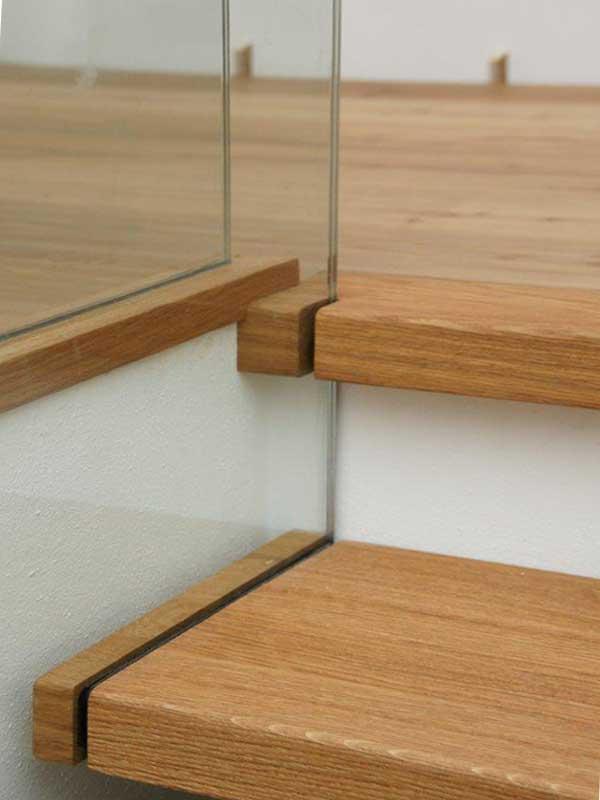 holztreppe auf beton befestigen wohn design. Black Bedroom Furniture Sets. Home Design Ideas