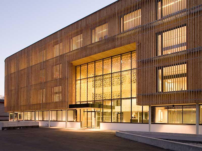 Raico Fritsche Therm+ Alu Aufsatzkonstruktion Holzfassaden Glasfassade Pfosten Tiegel Aufsatzverglasung