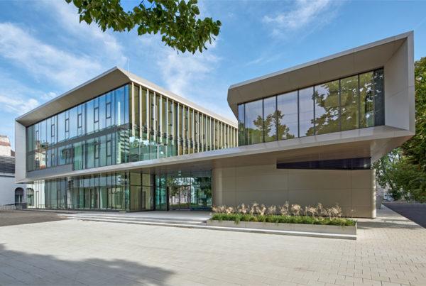 Future Art Lab Wien Fassadenplatten Etalbond Fr Hinterlueftete Fassaden Gebaudegestaltung Luxus